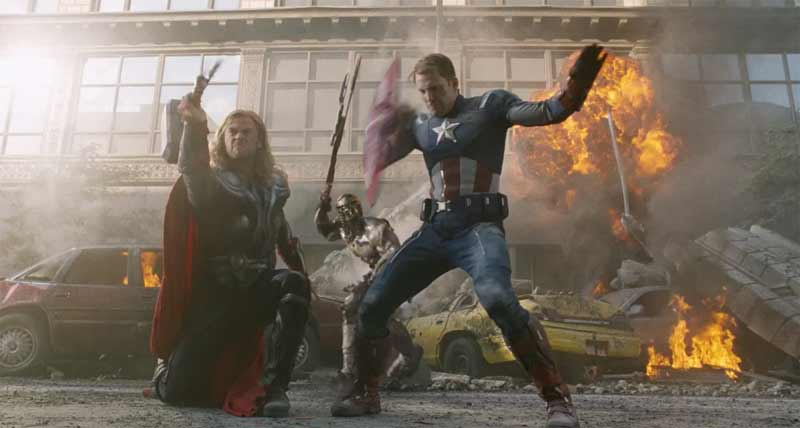 image Clip Captain America e Thor in battaglia - The Avengers