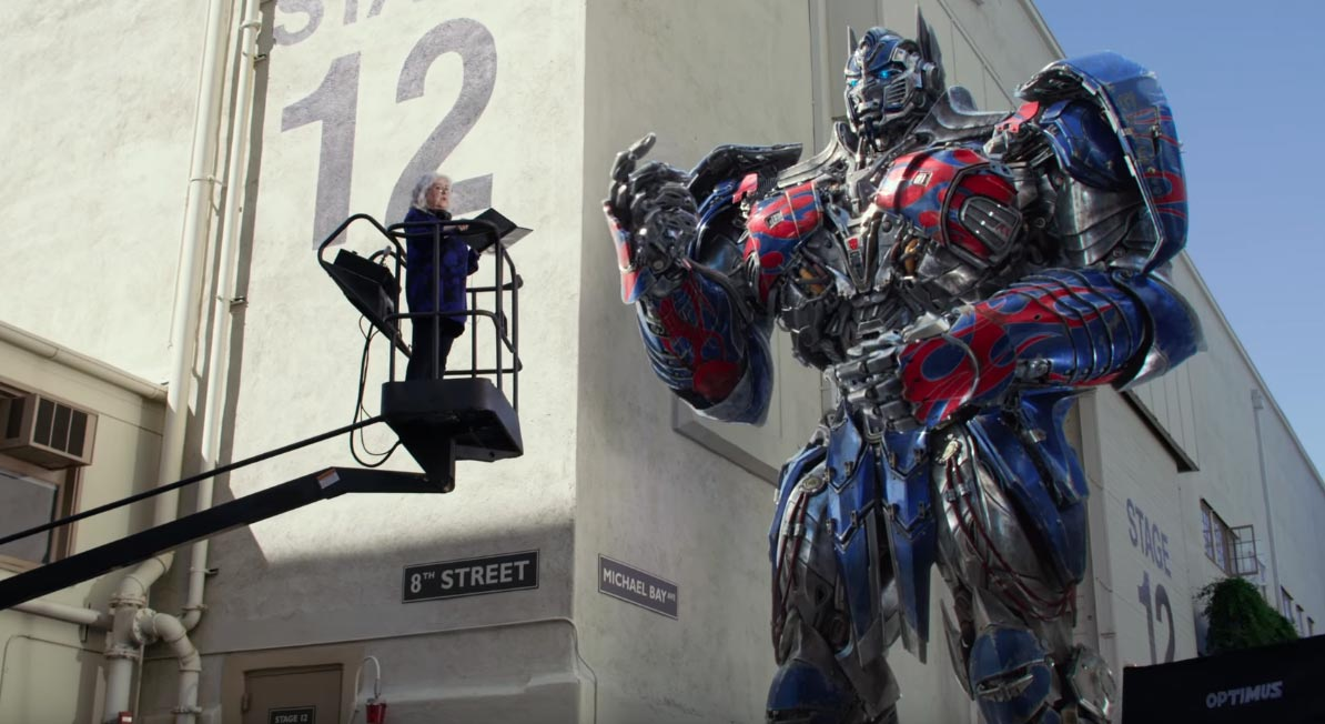 image Transformers: The Last Knight - Optimus Prime a Scuola di Dialogo