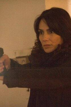 1x12 - The Curse - The Following