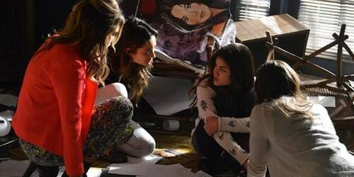 Pretty Little Liars 4x21 - She's Come Undone