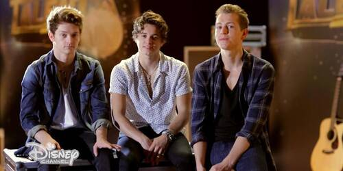 Alex and Co, The Vamps nel Finale della Stagione 2