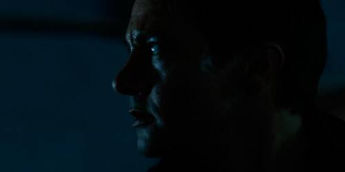 Clip 'Sotto il pavimento' - The Bourne Legacy