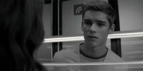 The Giver - Clip 'Never Before'