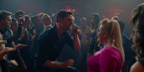 Pitch Perfect 2 - Clip Botta e risposta: canzoni Hip Hop anni '90
