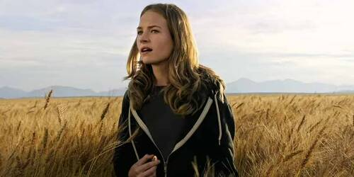 Tomorrowland - Featurette Athena