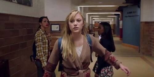 It Follows - Clip 1