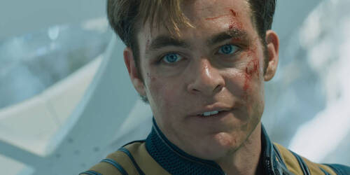 Star Trek Beyond - Featurette 'Capitano Kirk' con scene in italiano