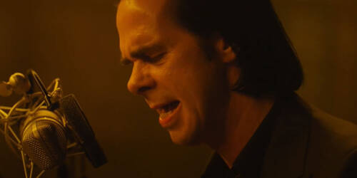 Trailer di Idiot Prayer, il film con Nick Cave da solo all'Alexandra Palace